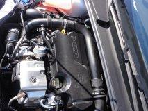 Oceněný přeplňovaný tříválec 1.0 EcoBoost jsme poprvé okusili ve voze Ford Focus (Foto Tom Hyan)