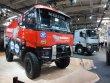 Poutačem stánku Renault Trucks byl soutěžní automobil, postavený v České republice...