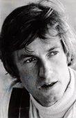 Guy Edwards, britský jezdec F1 (podobizna 1973; pak starty na Hill Lola a Hesketh)