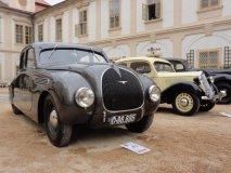 Výstava automobilů ze Škoda Auto Muzea, v popředí unikátní aerodynamický sedan Škoda typu 935 (prototyp 1935, vznikly dva kusy), za ním Rapid (rovněž 1935)