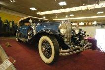 Cadillac V16 452A s karoserií Madame X podle návrhu Harveye Earla (1931)