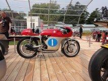 MV Agusta 350, čtyřválec 349 cm3 ze šedesátých let, hvězda Grand Prix